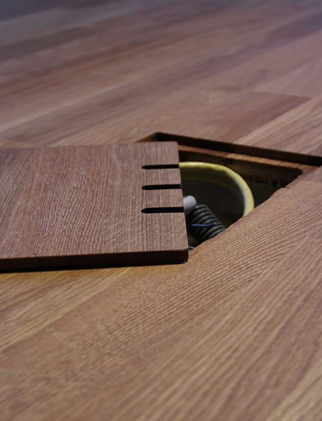 parkett fussboden mit integriertem bodentank