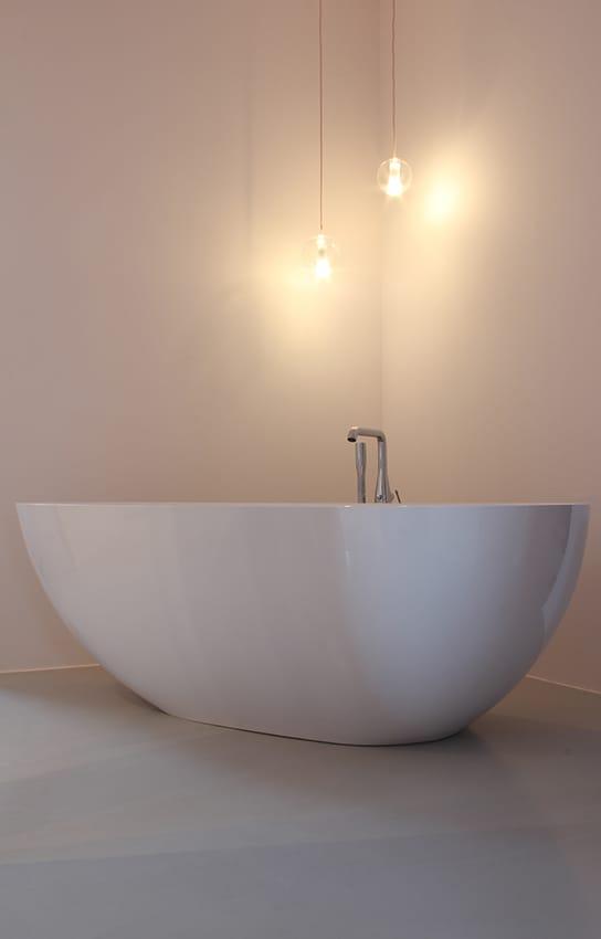 weisse badewanne von kfs